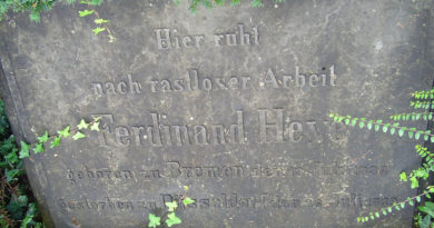 Grabstein des Ferdinand Heye