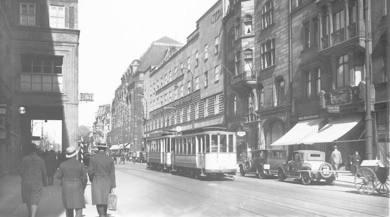 Die Breite Straße im Jahr 1934 - © Stadtarchiv/Julius Söhn