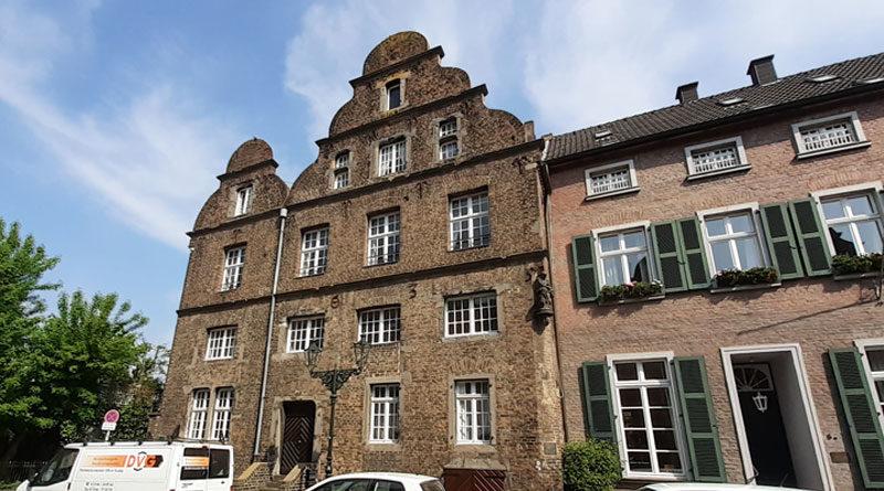 Das alte Zollhaus von 1635 in Düsseldorf-Kaiserswerth