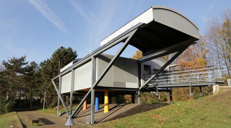 Benrath: Benzenberg-Sternwarte am Schloss-Gymnasium wiedereröffnet